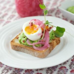 Egg Tartine with Pea Avocado Hummus & Pickled Onion