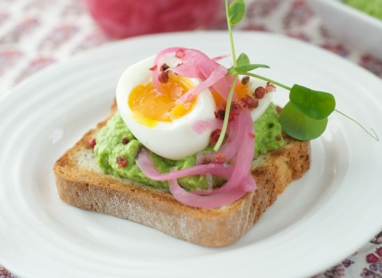 Egg Tartine with Pea Avocado Hummus & Pickled Onion