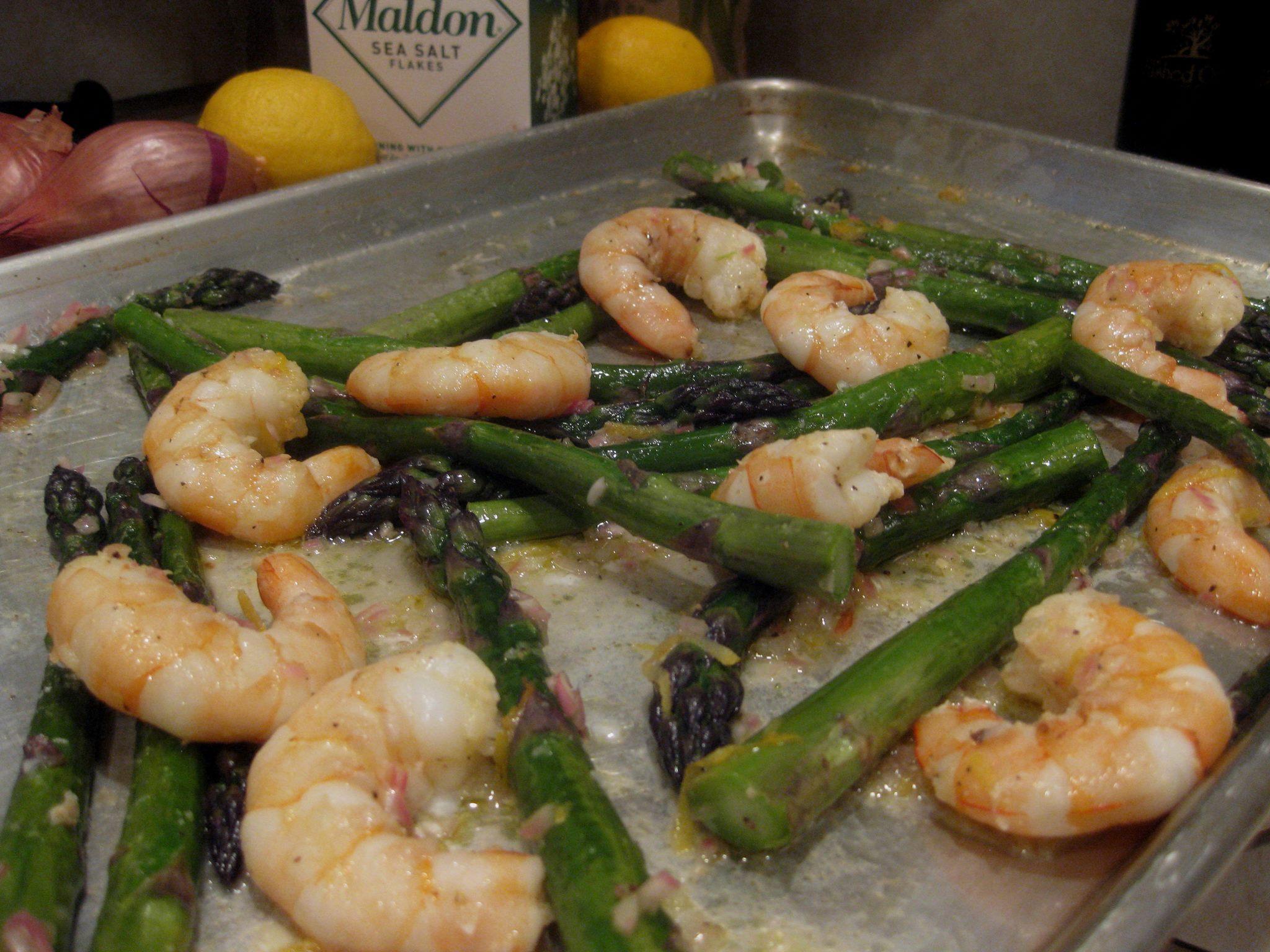 Oven-Roasted Shrimp & Asparagus