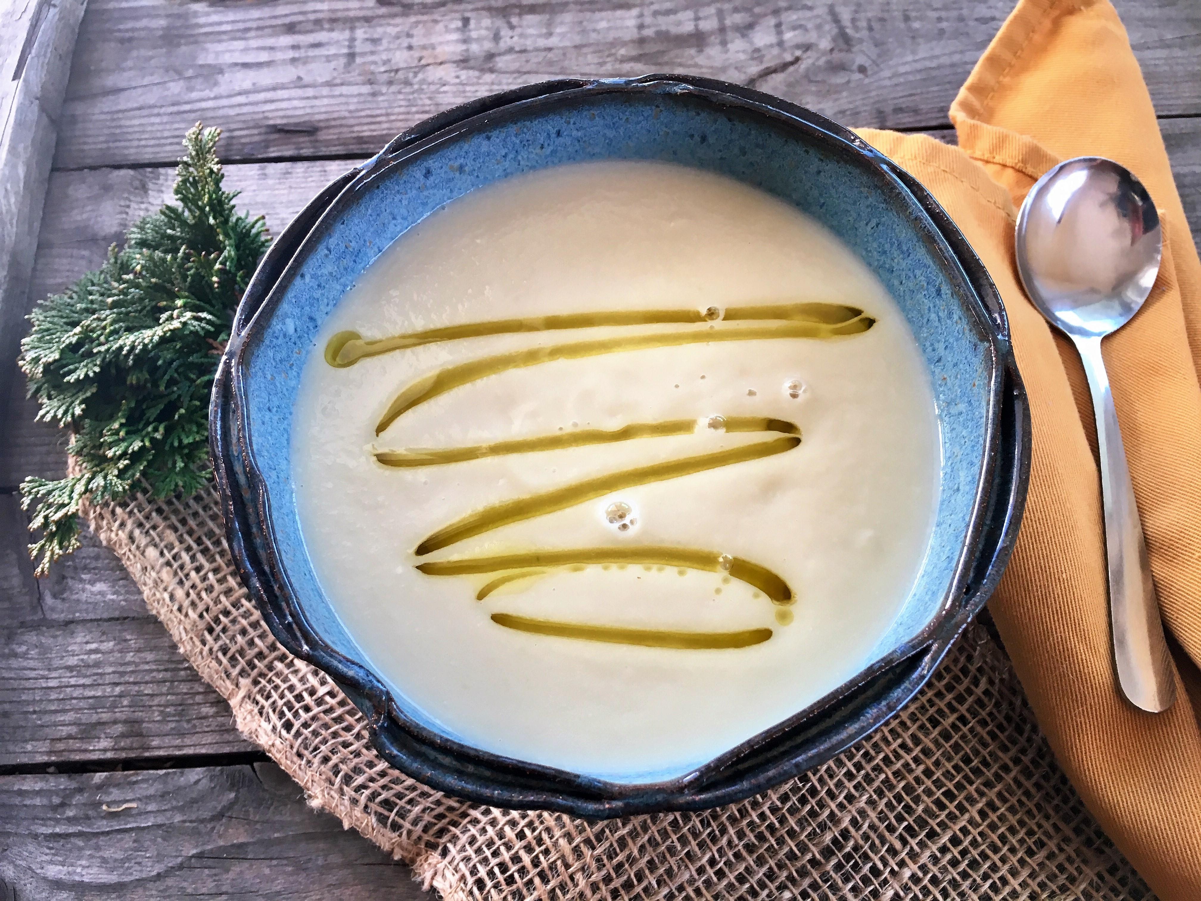 Super Simple Cauliflower Soup