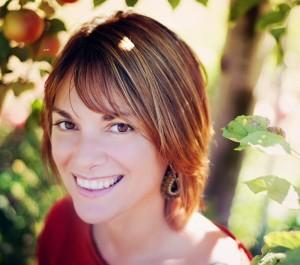 Tina head apple crop